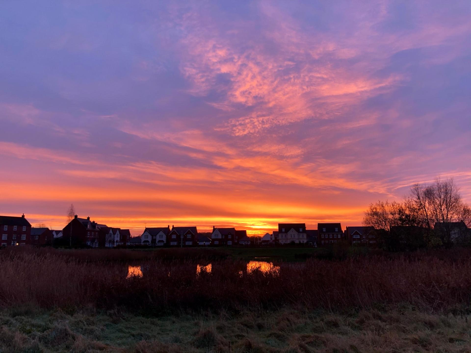 Sunrise Walk, Warwick